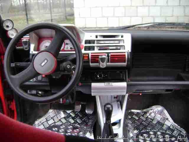 Fiat Cinquecento wnętrze