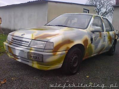 Wojskowy tuning Opel Vectra